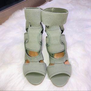 Zara Neoprene Knot Trendy Blogger Fav Sandals